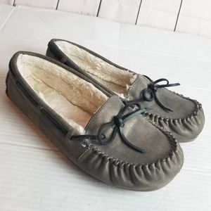 SO plush sherpa lined moccasin slippers